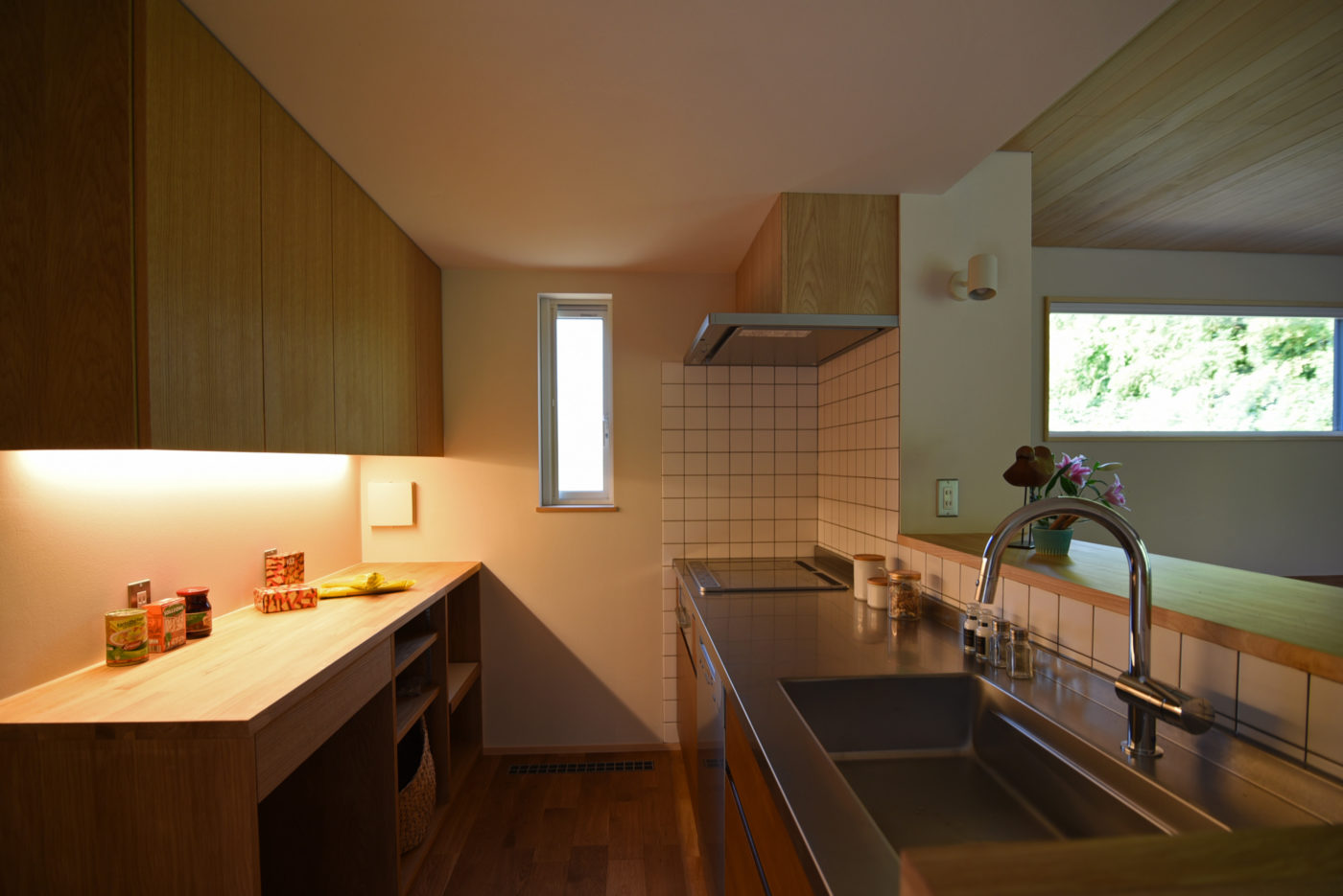 絶景の方形屋根「金津の家」