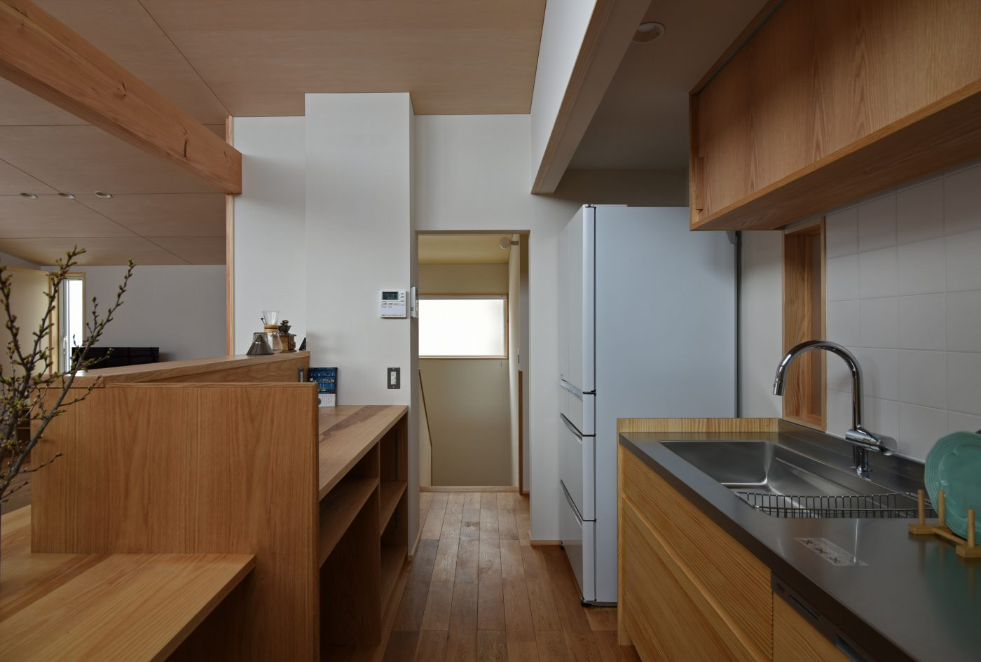 狭小地に建つコンパクトな二階リビング「加茂の家」